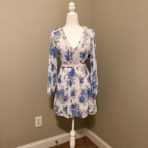 Chelsea & Violet Blue/White Long Sleeve Dress Sz M